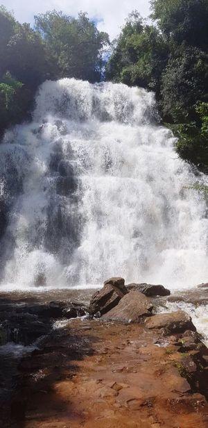 #CascatadoCapãoRico #SantaBarbará #waterfall #paradise #lol #Brazil #cachoeira #paraiso #seulindo #Brasil Water Tree Sea Crash Force Motion Power In Nature Sky