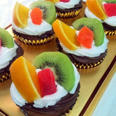 Assosted Fruit Cupcakes by Babie Fabulous Cakes BFC Birthday Ccupcakesdaily Instacakes potd ig fruit cupcakes homebaked madebyme sweetcakes