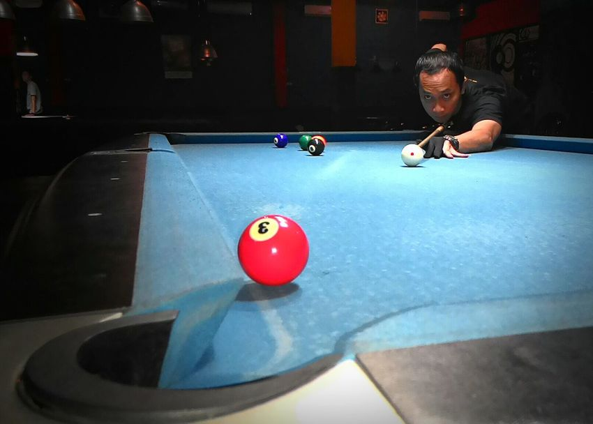 Me, playing 9 Balls! ? That's Me EyeEm Indonesia Zenfone6 Billiard