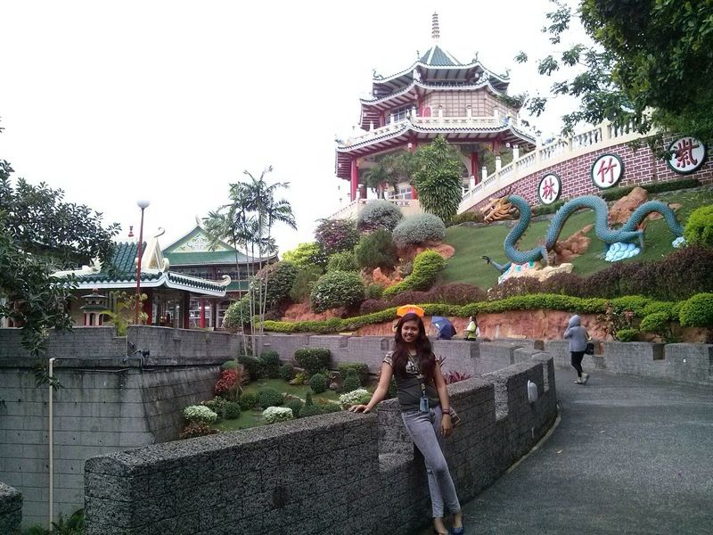 Can I atleast be in the real world of China? :-) TaoistTemple Clean&green HopingforChinavacation Nofilter