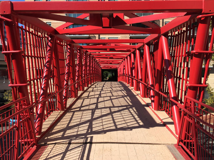 IPhoneography Architecture Bridge Red