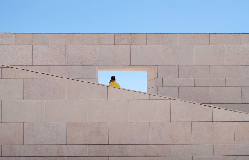 Portugal roadtrip . Fundação Champalimaud. Architecture by Charles Correa Associates Architecture_collection Frame It! Geometric Architecture Minimalist Architecture Paint The Town Yellow Urban Geometry X-T20 Architecture Built Structure Communication Day Geometric Shape Minimalism Minimalobsession Outdoors Real People Sky Street Photography Streetphotography Travel Destinations The Week On EyeEm The Graphic City Stories From The City Visual Creativity Adventures In The City The Street Photographer - 2018 EyeEm Awards The Architect - 2018 EyeEm Awards #urbanana: The Urban Playground Capture Tomorrow 17.62°