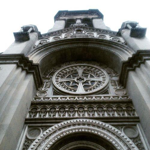 Sagradafamilia Roma EstiloGótico Arquitectura ⛪