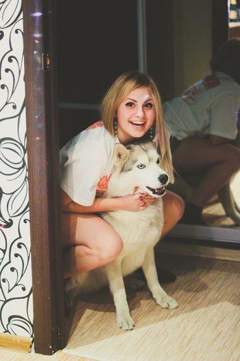 Me Dog Pet Husky Smile Enjoying Life Happy Girl