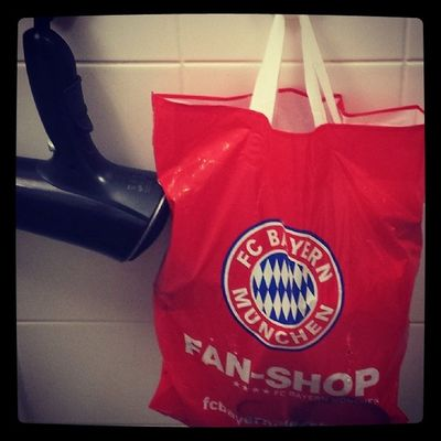 Ichgradso Allesschongepackt FCB Fcbayern inmybathroom pruefungstag winter2014 januar Kult(tur)beutel