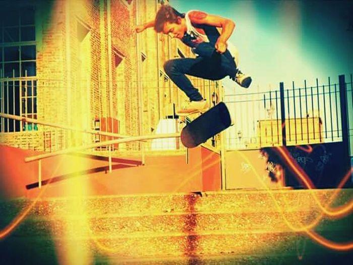 Skateboarding Olliejump ?✌