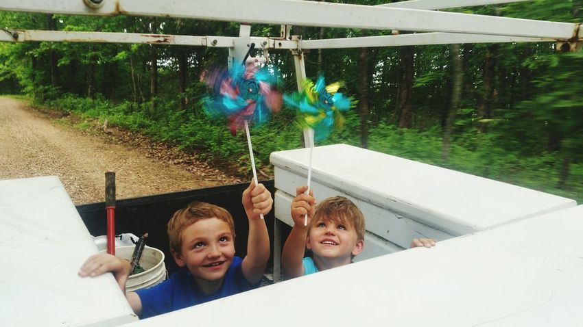 Pinwheels Motion Back Of Pickup Fun💕 Family 🙏🙌 Missouri Ozarks United States Best Friends ❤ 💯 Country Life Back Of Pickup Boys Smiling Portrait Togetherness Happiness Headshot Child Cheerful Friend Family Bonds Family