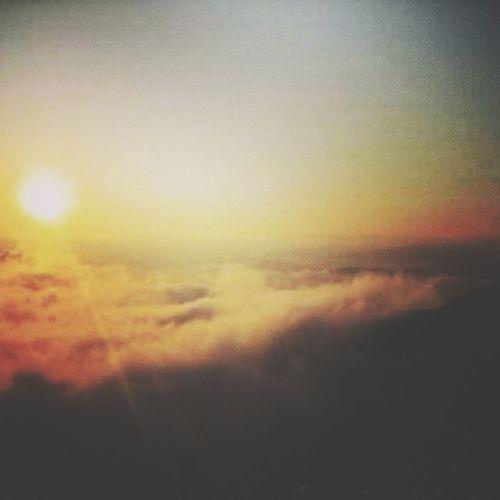 พระอาทิตย์กำลังตกดินที่ภูเรืิอ