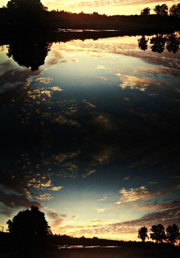 Illustration Clouds Reflection