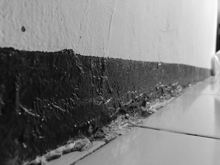 Oil Paint House Structure IPhone 7 IPhoneography BW_photography Tiled Floor Lines And Shapes No People Day Wall - Building Feature Architecture Close-up Built Structure Wall