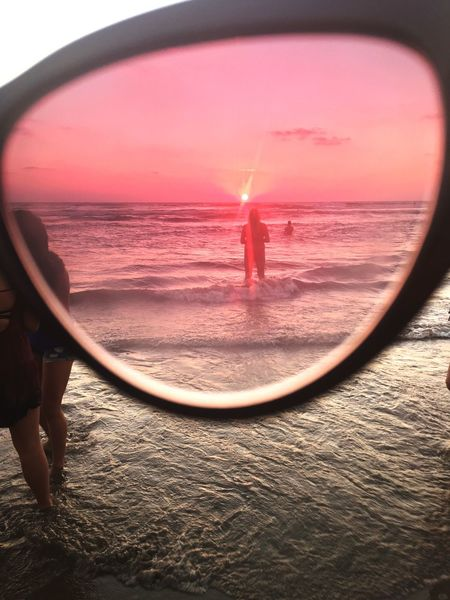 Last sunset through my eyes Sea Beach Horizon Over Water Photooftheday IPhoneography Lastsunset 2016♡ Close-up Glass Art
