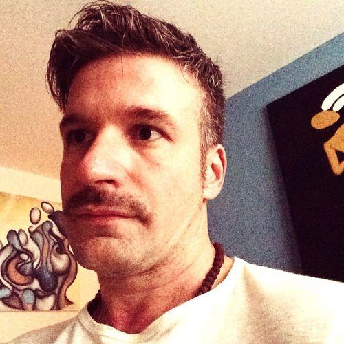 Mustache Hey