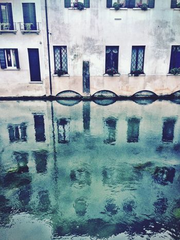 Treviso Walking Around Taking Photos Italy🇮🇹 Old Town Pescheria Simmetrical From My Point Of View Water Reflections Water_collection Treviso, Italy Water