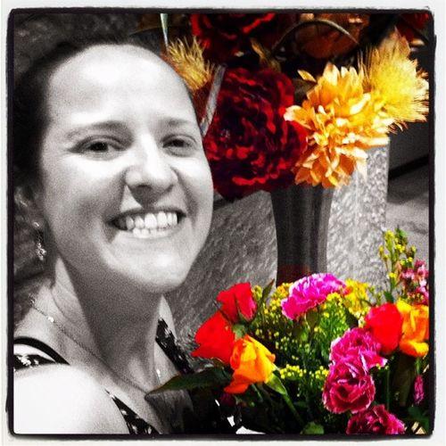 Beautiful weekend flowers. Thank you Jalene! Shabbat Flowers Yuval Teachersbrunch Smile