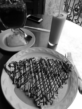 Indoors  Food And Drink Food Plate Ready-to-eat Day Blackandwhite Wine Time