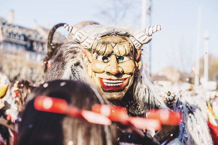 I see you One Person Costume Outdoors Fun Happiness Celebration People City Performing Arts Event Confetti Masked Togetherness Nice Day Event Carnival Crowds And Details Carnival Strasbourg♥ Enjoyment Smiling Celebration Streetphotography Fun Arts Culture And Entertainment Multi Colored Happy