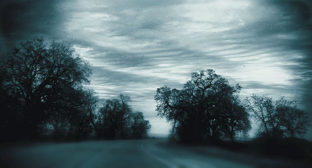 Taking Photos Hello World Enjoy Where You Are Ominous Sky Cloudporn Northern California Foothills Lookingup Absolutely Incredible Whatthefuckaretheyspraying Chemclouds Black And White My Commute-2016 EyeEm Photography Awards