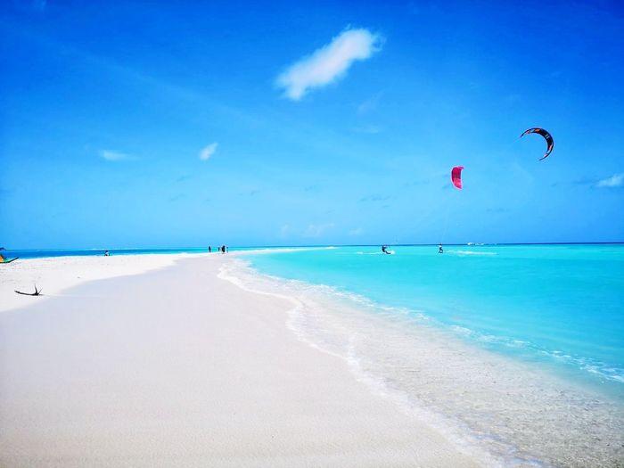 Kiteboarding Maldives Kiteboading Madivarufinolhu Rasdhoo Slingshot Slingshotmaldives Ugokitelinemount Ugolinemount Ugokite Bestspot Maldives Sunnysideoflife Visitrasdhoo Water Sea Beauty Beach Blue Sand Summer Relaxation Sun Tropical Climate