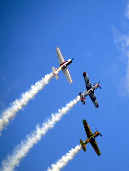 Airshow Aerobatics Stunt Sky Airplane Teamwork Smoke - Physical Structure Formation Flying Performance Sports Activity Flying Air Force Aerospace Industry Breathing Space The Week On EyeEm