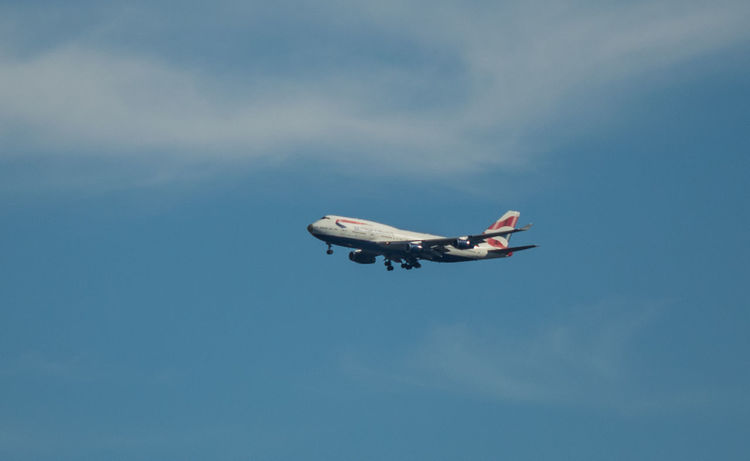 BA2016 coming in to land at Heathrow carrying British Olympic team back from Rio 2016. Congrats and welcome back ! Ba BA2016 Britain British Airways British Olympic Teams CONGRATS🎉🎈🎈🎉🎉 Congratulations Flight Flying Golden Nose Heath LH London Olympics Outdoors Pro Proud Rio 2016 Sky Uk Welcome Back  LHR