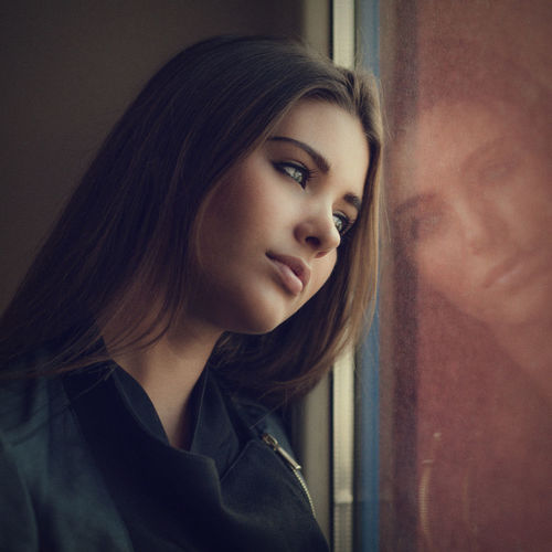 reflexions. Dreaming Lips Portaiture Reflection Beautiful Woman Beauty Cute Day Eyes Indoors  One Person One Young Woman Only People Portrait Pretty Window Young Adult Young Women