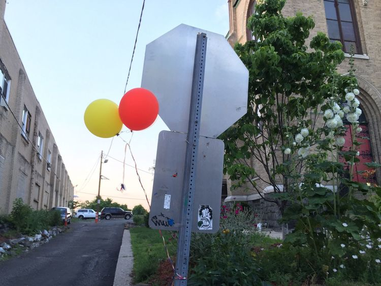 The OO Mission Balloons Perspectives And Dimensions Vanishingpoint Red & Yellow Sign Post Graffiti Art Tags The Heights Two Is Better Than One Urban Flowers Skywires Sky With Clouds Octogon Rectangle Street Sign Cones Traffic Sign Vanishing Diminishing Point Information Sign Asphalt Jersey City Urban Geography What's On The Roll