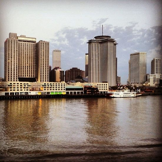 New Orleans seemed sad that day. Merchantmarine Officerofthewatch