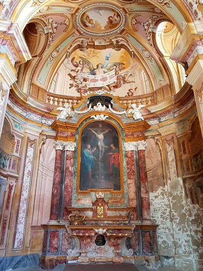 Indoors  Religion Architecture No People Travel Destinations Day History Ancient Langhe Piedmont Italy Old Architecture Church Interior Wall Decoration Wall Painting Trompe-l'œil AffrescoCappella Degli Alfieri Affresco Della Sindone
