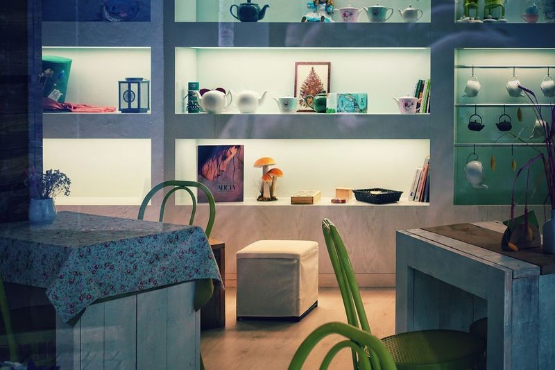 Indoors  Domestic Room Home Interior Furniture No People Home Table Lighting Equipment Large Group Of Objects Home Showcase Interior Technology Illuminated Window Electric Lamp Kitchen Meeting Room Cozy Cozy Place Shelf Ceramics Design Elements Design Element SPAIN Coruña Model Home Tidy Room Electric Light Served Kitchen Island