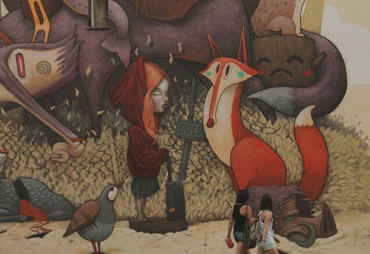 Admirando los detalles del Noveno Asalto. Zaragoza Streetart NovenoAsalto