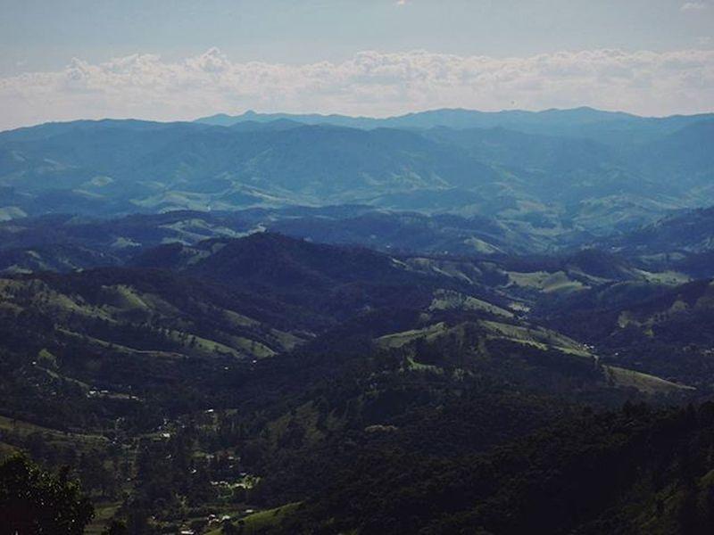 Green Wonder Mountains World Colors Cores Landscape Paisagem Sky Green Horizonte Horizon Beautiful Beauty Natural Nature Natureza NaturalBeauty Photograph Fotografia Photography Photo Pic Art Thegreatoutdoors-2016eyeemawards