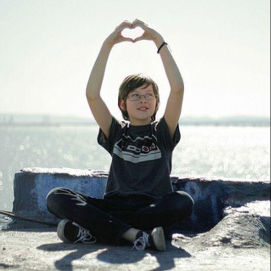 Hearts at the Albanybulb with the kid. SF Bayarea Saturday Love