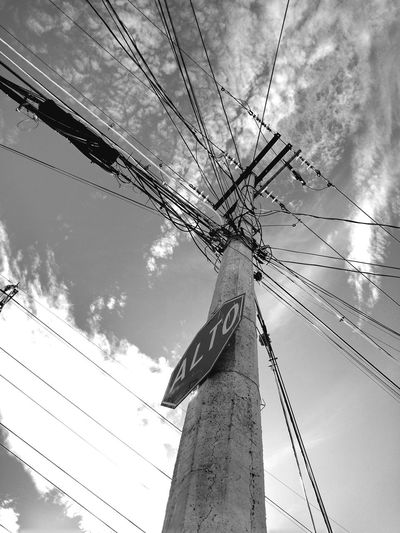 Low Angle View Sky Built Structure Outdoors No People Day Architecture Streetphotography Urban Exploration Urbanphotography Streetphoto_bw Urban Geometry Urban Landscape Conceptual Photography  Poem Poetry Estructuras Structures & Lines Microphone