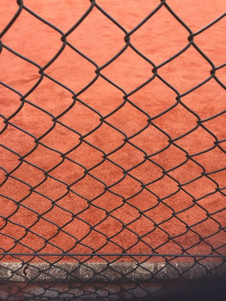 EyeEm Selects Metal Backgrounds Full Frame Pattern Day No People Outdoors Close-up Tennis 🎾 Tenniscourt Textured  Textures And Surfaces Stripes Lines Gravel Net Fence