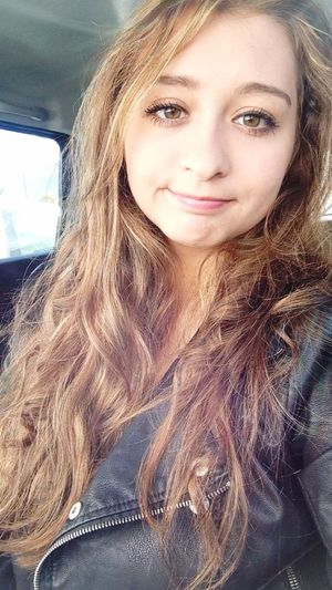 Photography Moments Posey En Voiture In Car Girl Moi Faces Of EyeEm My Face Selfie ✌