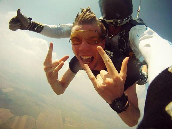 Adrenaline Junkie How does it feel to be alive? Skyjump Parachute Jump Carpe Diem