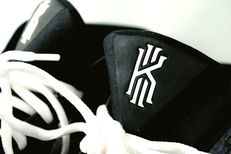 Drews Nikon D3000 Nike✔ Kyrieirving Kyrie1 My Nikeid  Nikeid Blackandwhite Shoes Kicksonfire