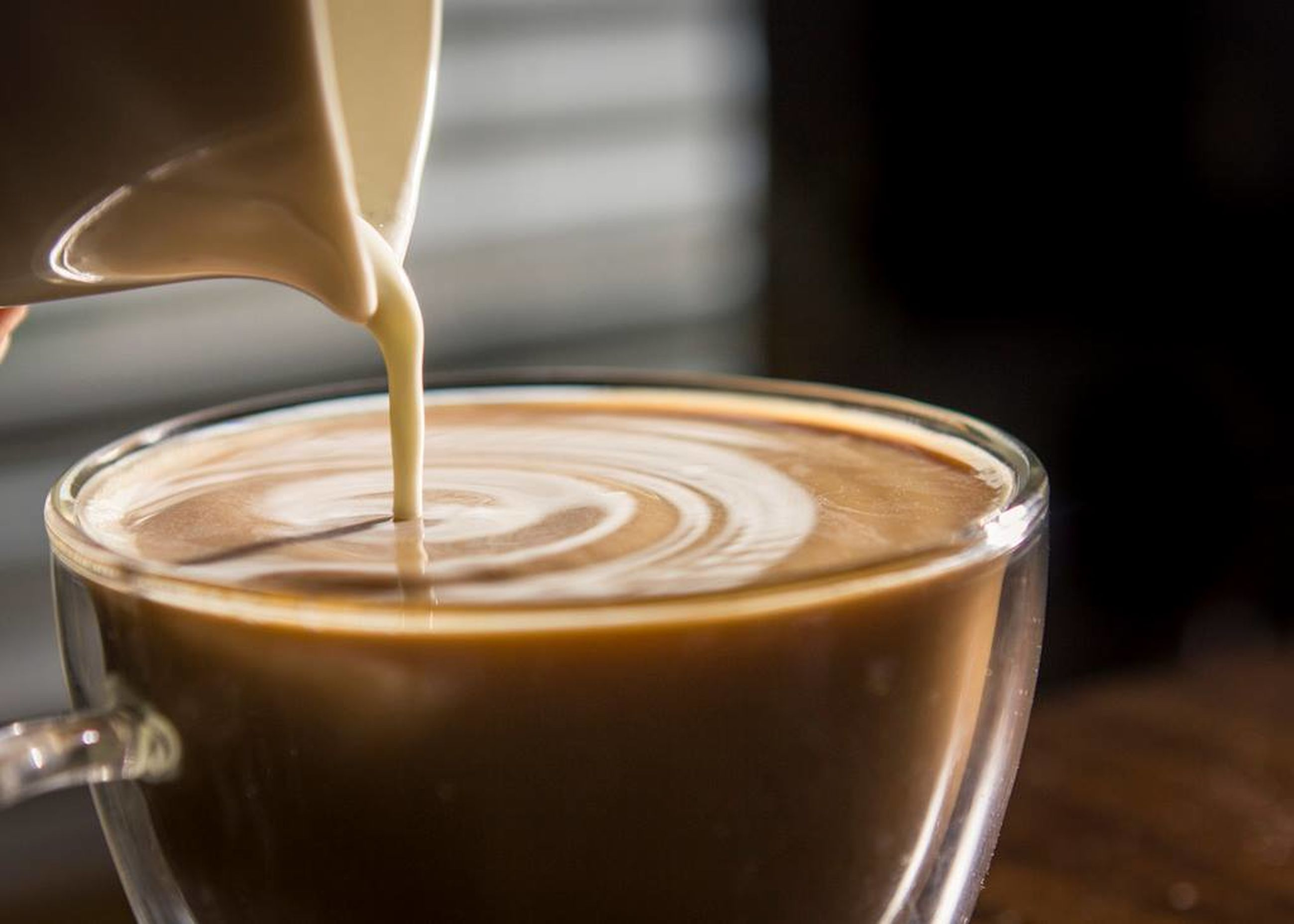 food and drink, drink, refreshment, coffee - drink, freshness, coffee cup, indoors, frothy drink, close-up, still life, table, healthy eating, non-alcoholic beverage, hot drink, beverage, selective focus, focus on foreground, making, serving size, food and drink industry