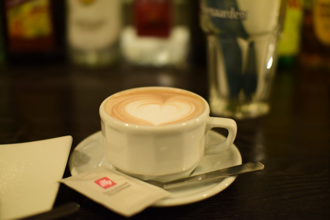 drink, refreshment, coffee cup, coffee - drink, frothy drink, food and drink, table, cappuccino, close-up, focus on foreground, no people, froth art, indoors, freshness, day