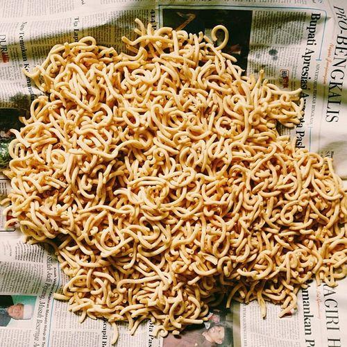 ngemil cheese stick buatan sendiri di rumah memang lebih enak ternyata, it cost less energy Asal Ngawur Vscocam