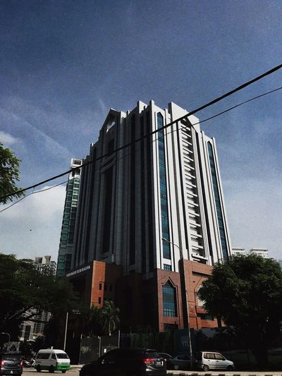 Yayasan Tun Razak Sky Built Structure Architecture Building Exterior City Low Angle View Nature Building Office Building Exterior Street