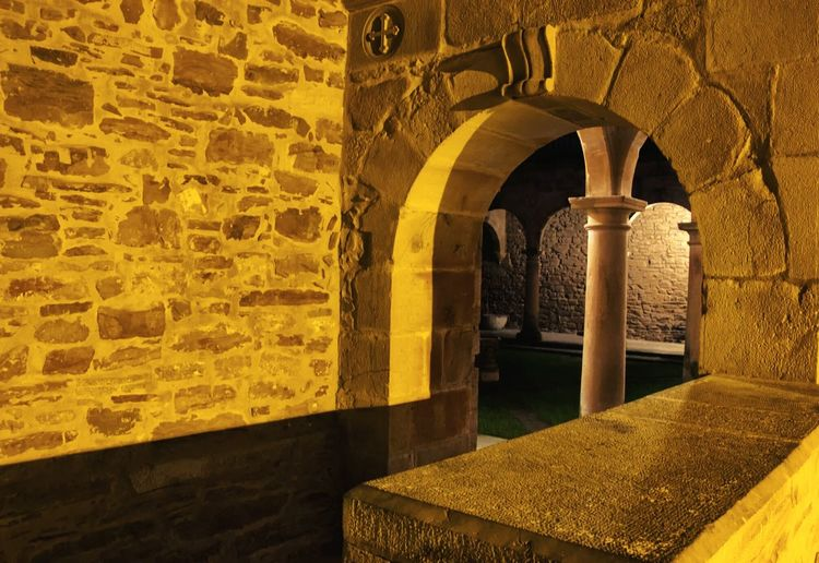 Entrance to the closter Monastery Learn & Shoot: Balancing Elements Night Lights Old Buildings Historical Building Light And Shadow Pillars Closter Architecture Pattern, Texture, Shape And Form Composition Atmospheric Mood SPAIN From My Point Of View Zenarruza Peace And Quiet