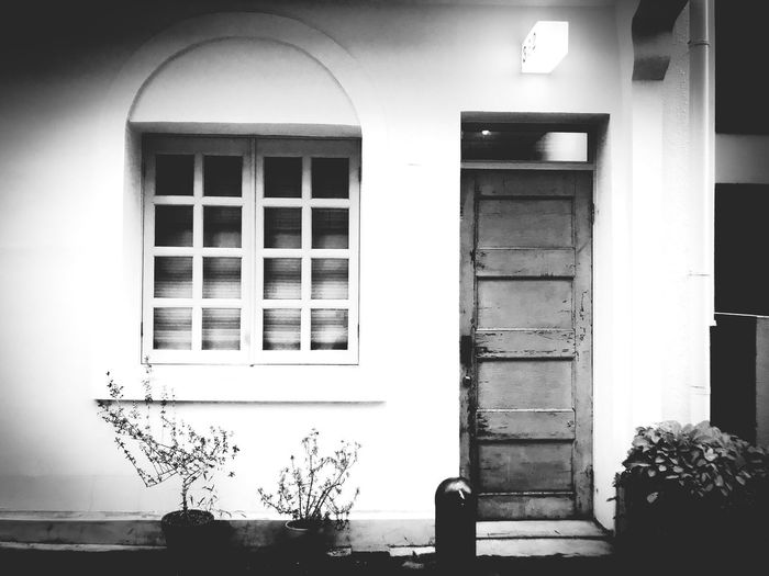 Entrance Motomachi Kobe Street Life Bw Monochrome Window Architecture Building Exterior Day Entrance Door