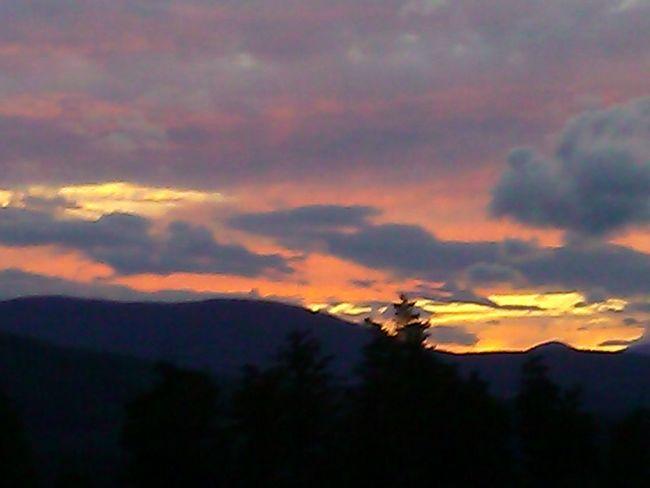 No Filter Landscape Nature Sunset Magic Sun & Sky Romantic Sky Beauty In Nature Silhouette Scenics Sunset Dramatic Sky Mountain Cloud - Sky