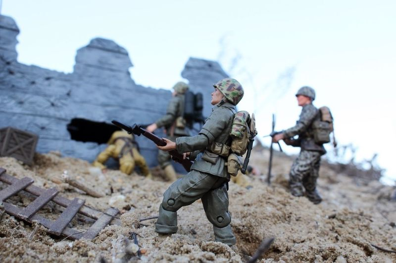 US Marines search the battlefield for survivors and Intel on Peleliu, the Pacific Campaign, WWII. Toyphotography Marines Corps Usmarines WWII USMC 21stcenturytoys Forcesofvalor Fov Bravoteam Gijoe Bbi EliteForce One Eighteenth 118scale Armymen Toysoldiers Actionfigures PTE Powerteamelite Worldwar2 Thepacific Peleliu