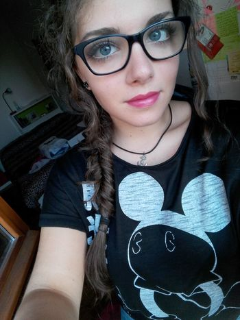Eyeglasses  One Woman Only Only Women Adults Only Portrait Fashion One Young Woman Only Young Adult Adult Arts Culture And Entertainment People Close-up Young Women One Person Beautiful Woman Day Human Body Part That's Me! My Face Faces Of EyeEm Blue Eyes Faccia Hairstyle Fishtail Braid Brown