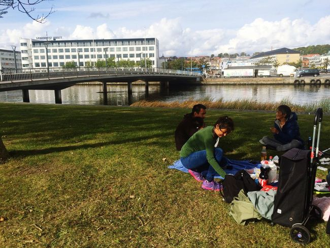 Family Picnic Father Stepmother Family Friend Park Randers Danmark Denmark Canal Water Water Canal City Being A Tourist Plases To Visit Tree Trees Fascinating Not Really My Style  Vacation Fun Preparing Food Tranquil Scene Just Chilling Bridge Outdoors