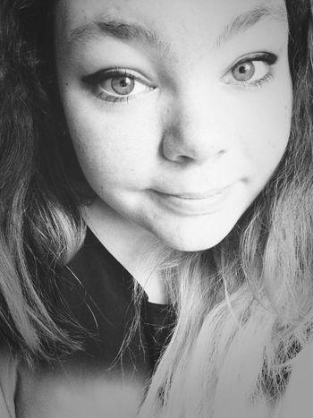 Avec le maquillage de Lorde :)