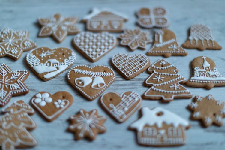 EyeEm Selects Celebration Cookie Christmas Holiday Baked Star Shape Sweet Food Decoration Winter Snow Gingerbread Cookie christmas tree Table Food Snowflake