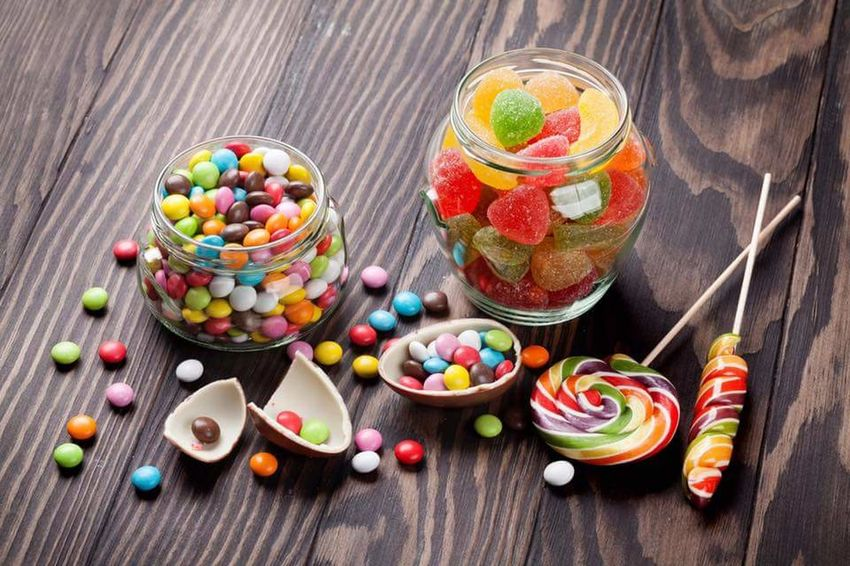 Sweeties Fruit Sweet Food Dessert Candy Wood - Material Food Snack Raspberry Variation No People Red Healthy Eating Multi Colored Indoors  Freshness Ready-to-eat Tart - Dessert Day